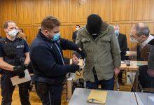 Photo of Lehrer wegen schweren Missbrauchs von Schülerinnen angeklagt