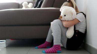 Photo of Missbrauchs-Prozess in Augsburg: 18-Jährige beschuldigt Ex-Freund der Mutter
